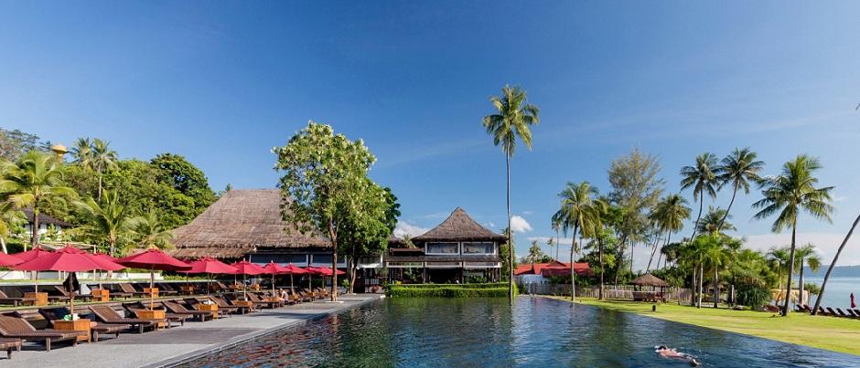 035_swimming pool The Vijitt Resort Phuket