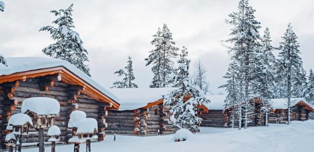 Kakslauttanen--cabins-cropp