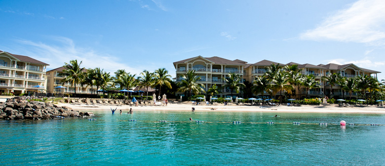 Landings-Beach-and-hotel-fr
